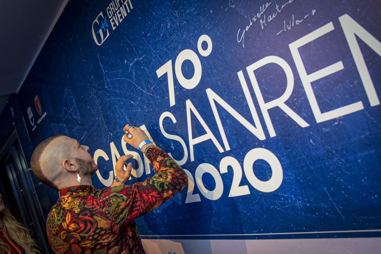 Stasera tutti a Casa 2020