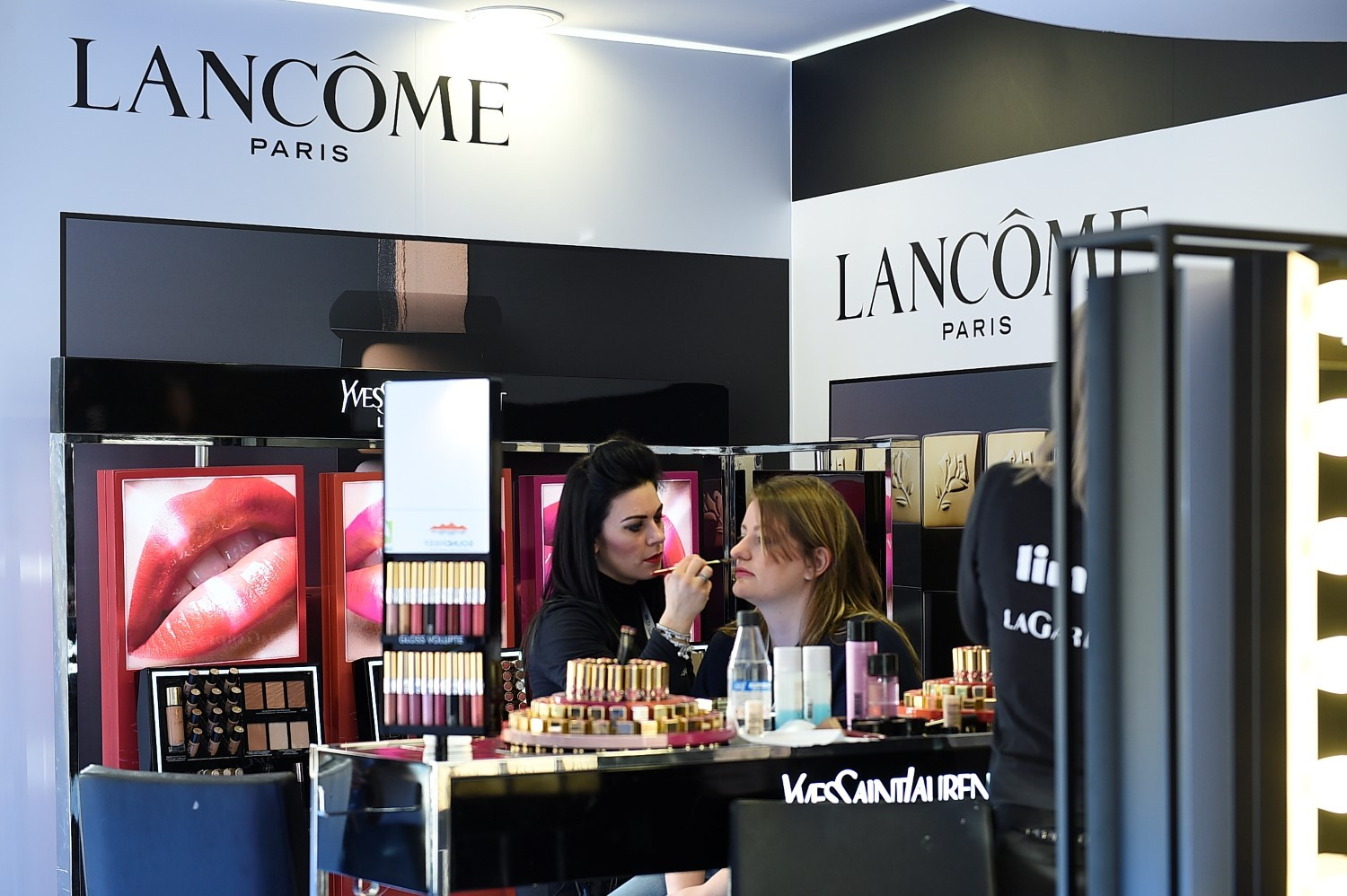 Limoni Beauty Lounge by LANCÔME
